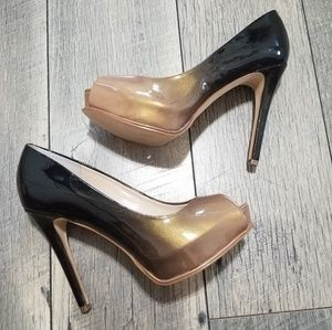 Guess pumps size 6 in excellent condition